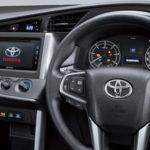 Dashboard Toyota Innova 2016