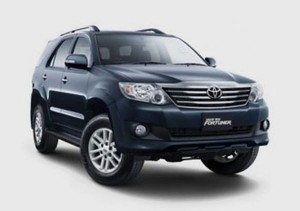 Rental Mobil Avanza Medan on Rental  Sewa Fortuner Di Medanmedan Rental Mobil